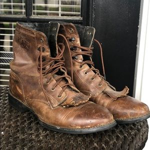 Vintage Ariat Lacer Boots